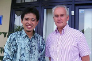 Fahmi Amhar, Geomatics Research Division, Bakosurtanal and William Cartwright, President of the ICA